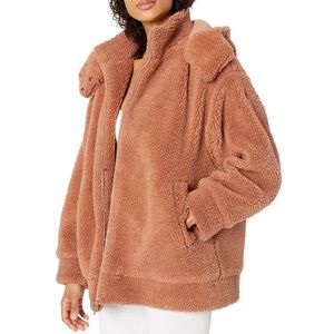 NWT ALO Yoga Norte Sherpa Coat M